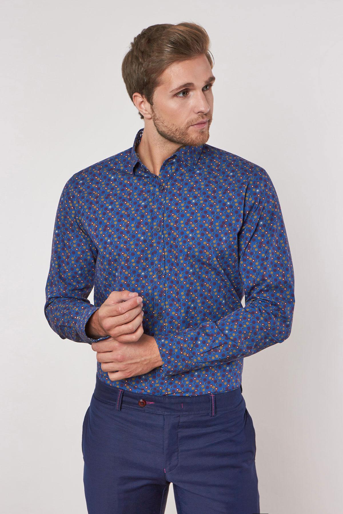 Рубашка синего цвета в узор Vaismann 180626-03