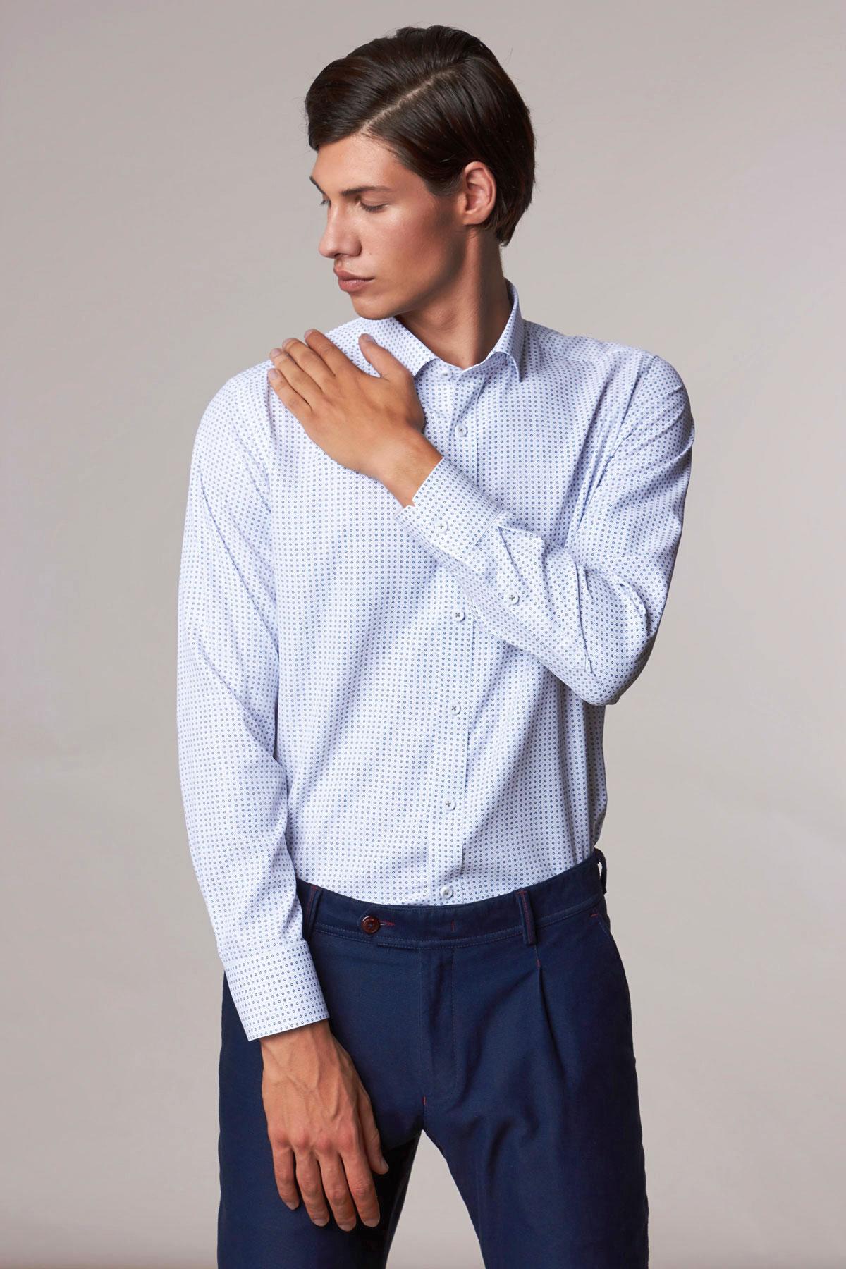 Рубашка белого цвета в узор Vaismann 18205