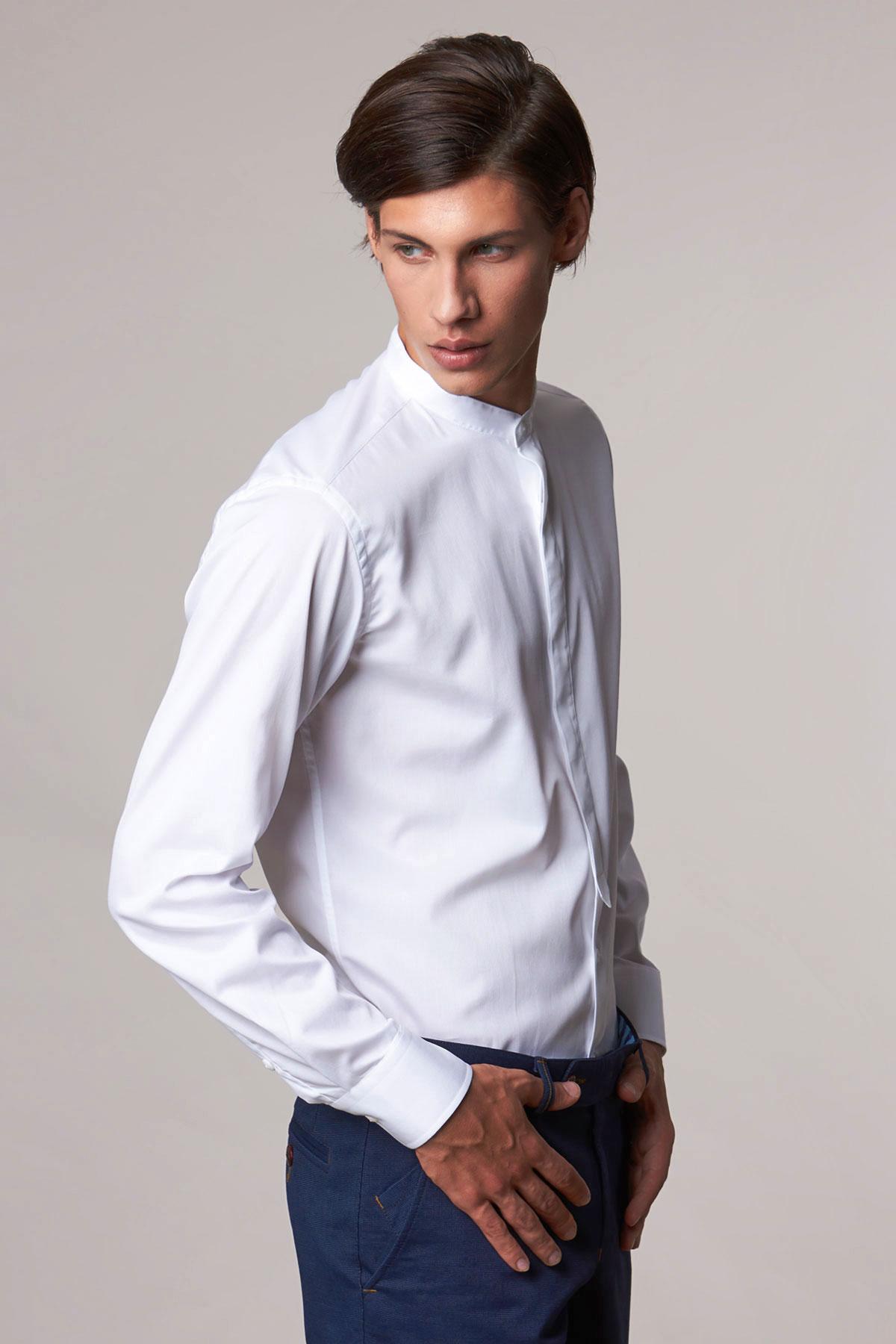 Рубашка белого цвета в узор Vaismann 18208