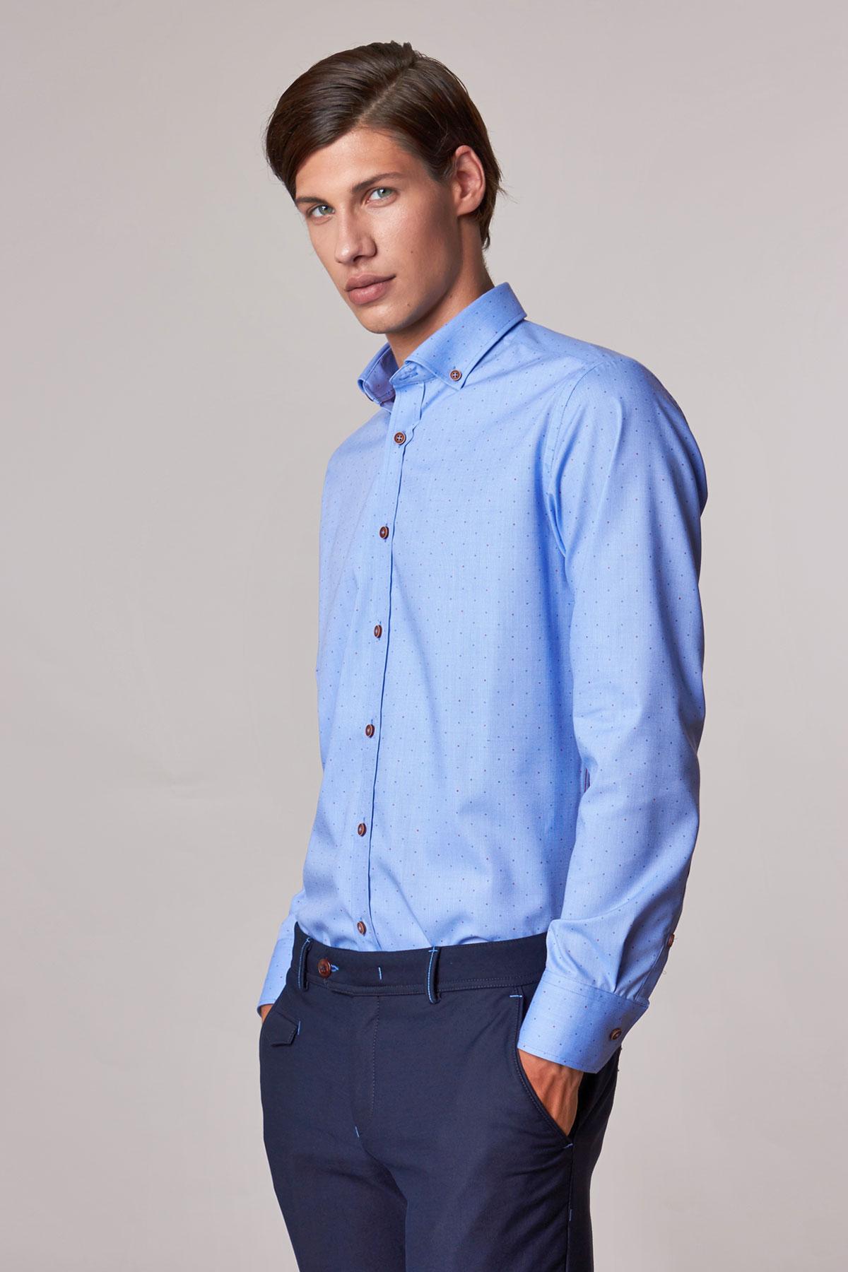 Рубашка голубого цвета в узор Vaismann 18219