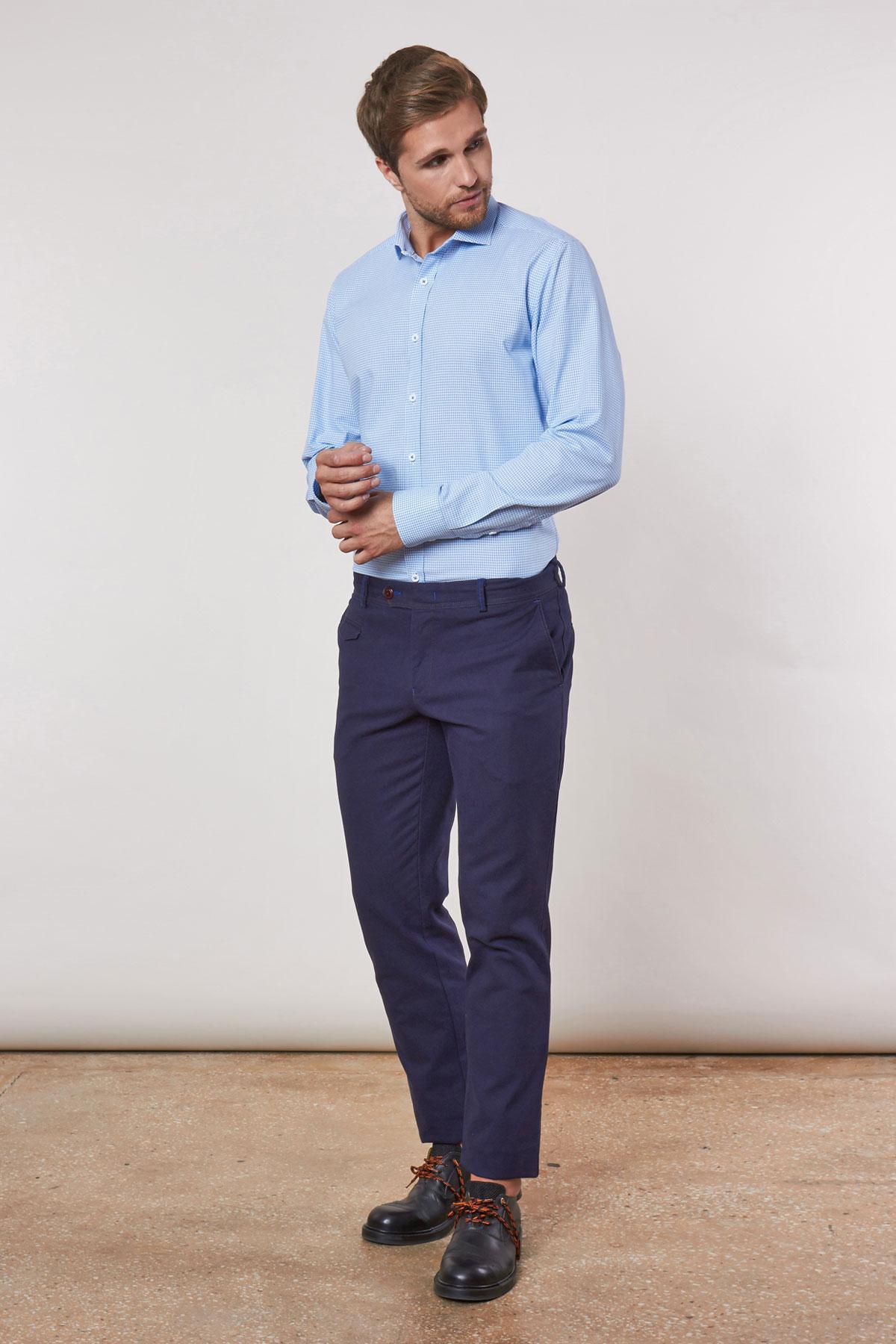 Рубашка голубого цвета в узор Vaismann 18225