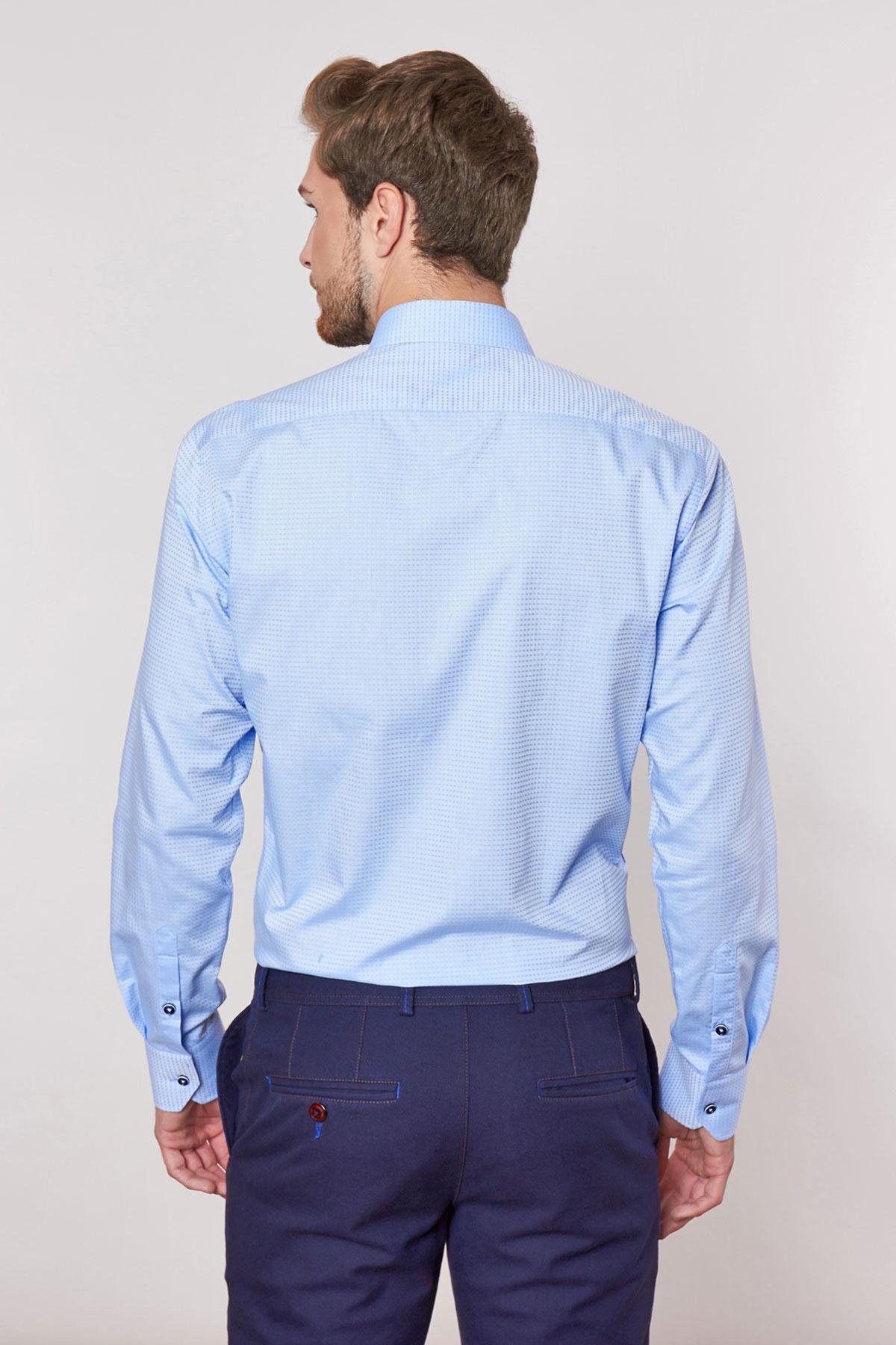 Рубашка голубого цвета в узор Vaismann 18227