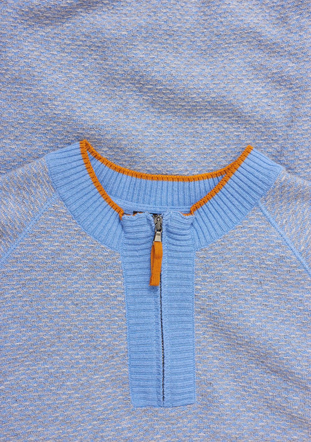 Свитер голубого цвета VM-18-1950