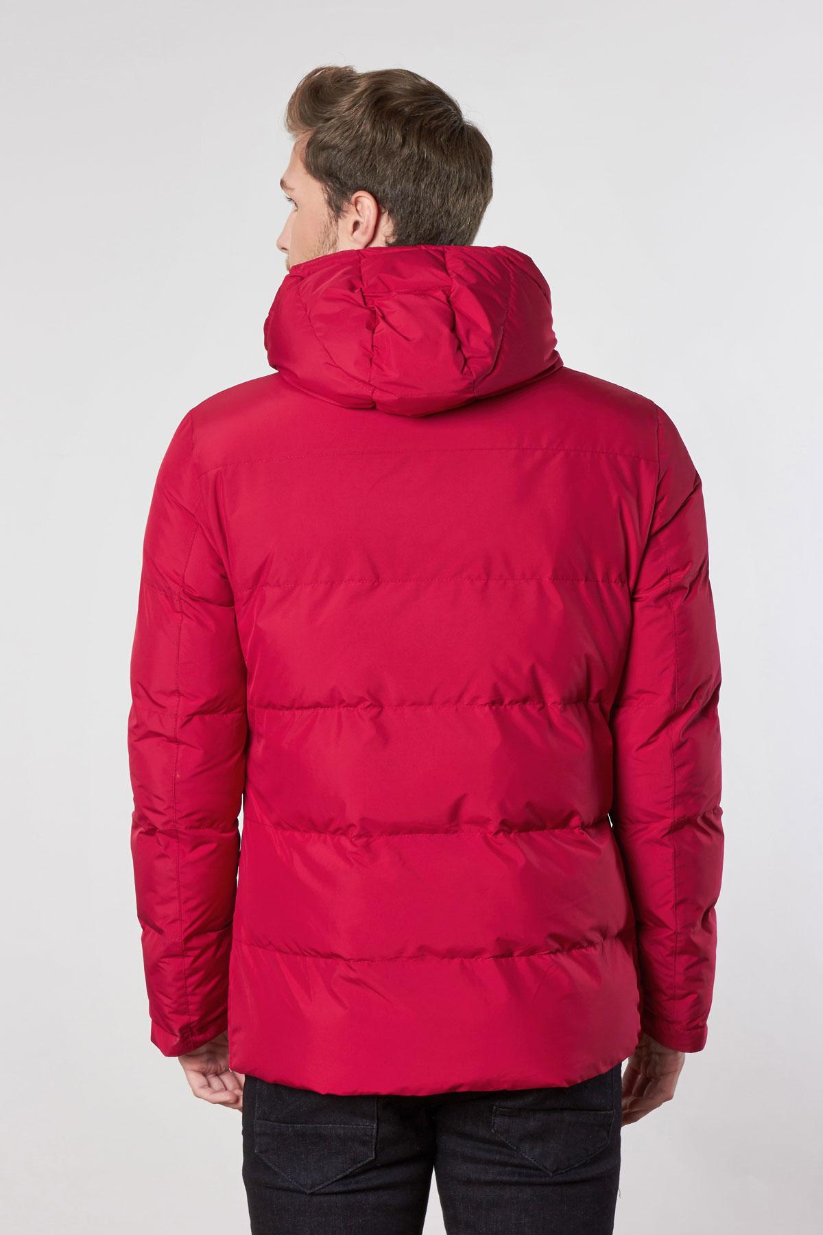 Куртка красного цвета 18-CK1359