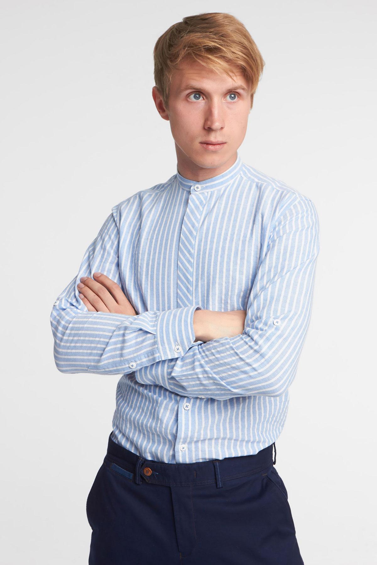 Рубашка голубого цвета в узор Vaismann 18109