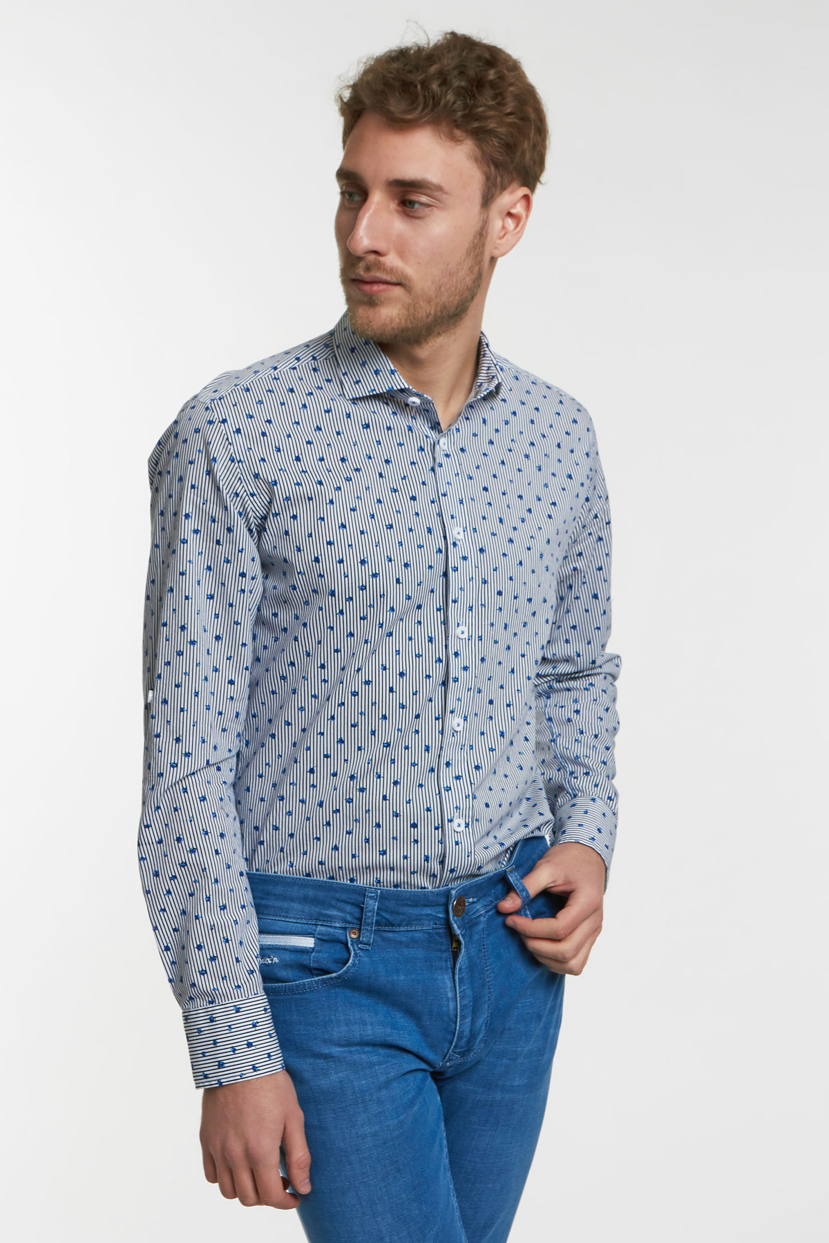 Рубашка синего цвета в узор Vaismann 18129