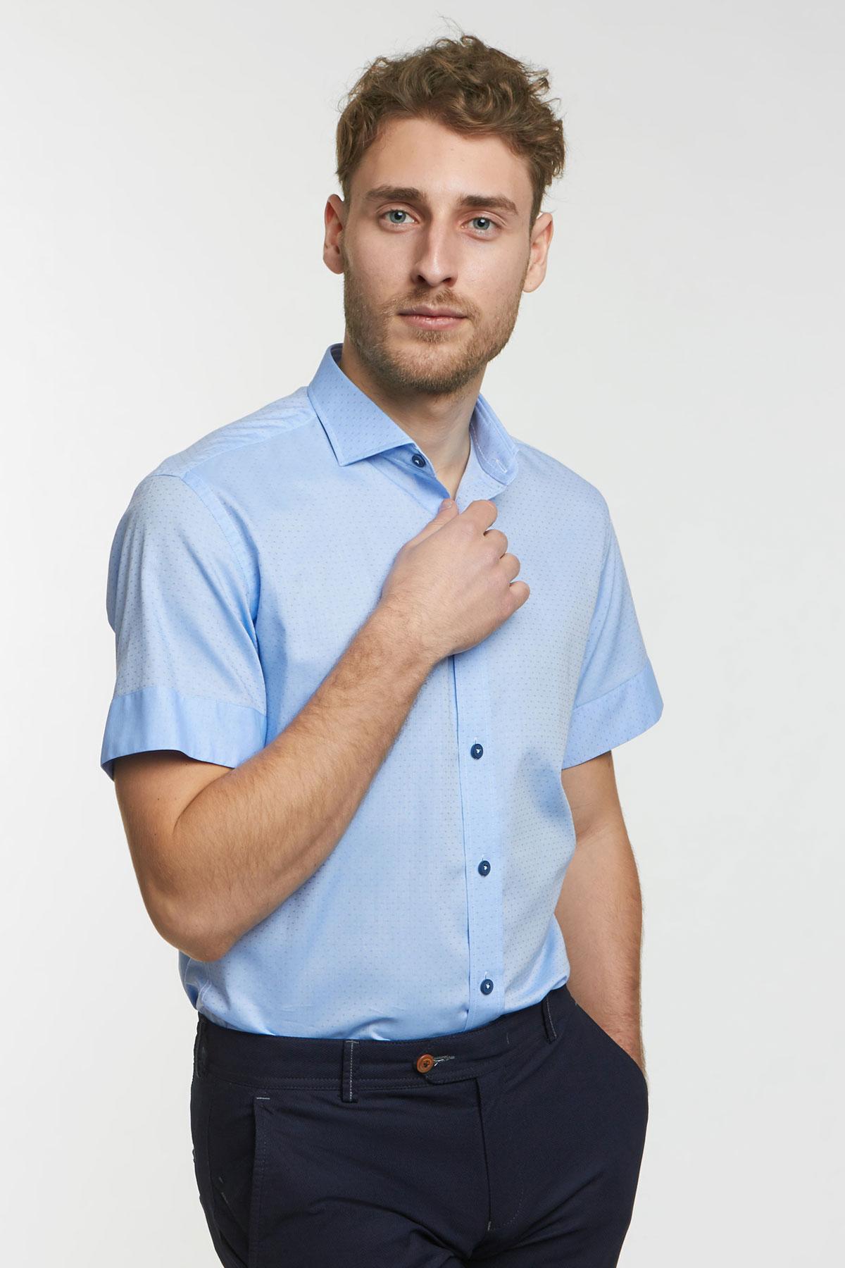 Рубашка структурная голубого цвета 18131k