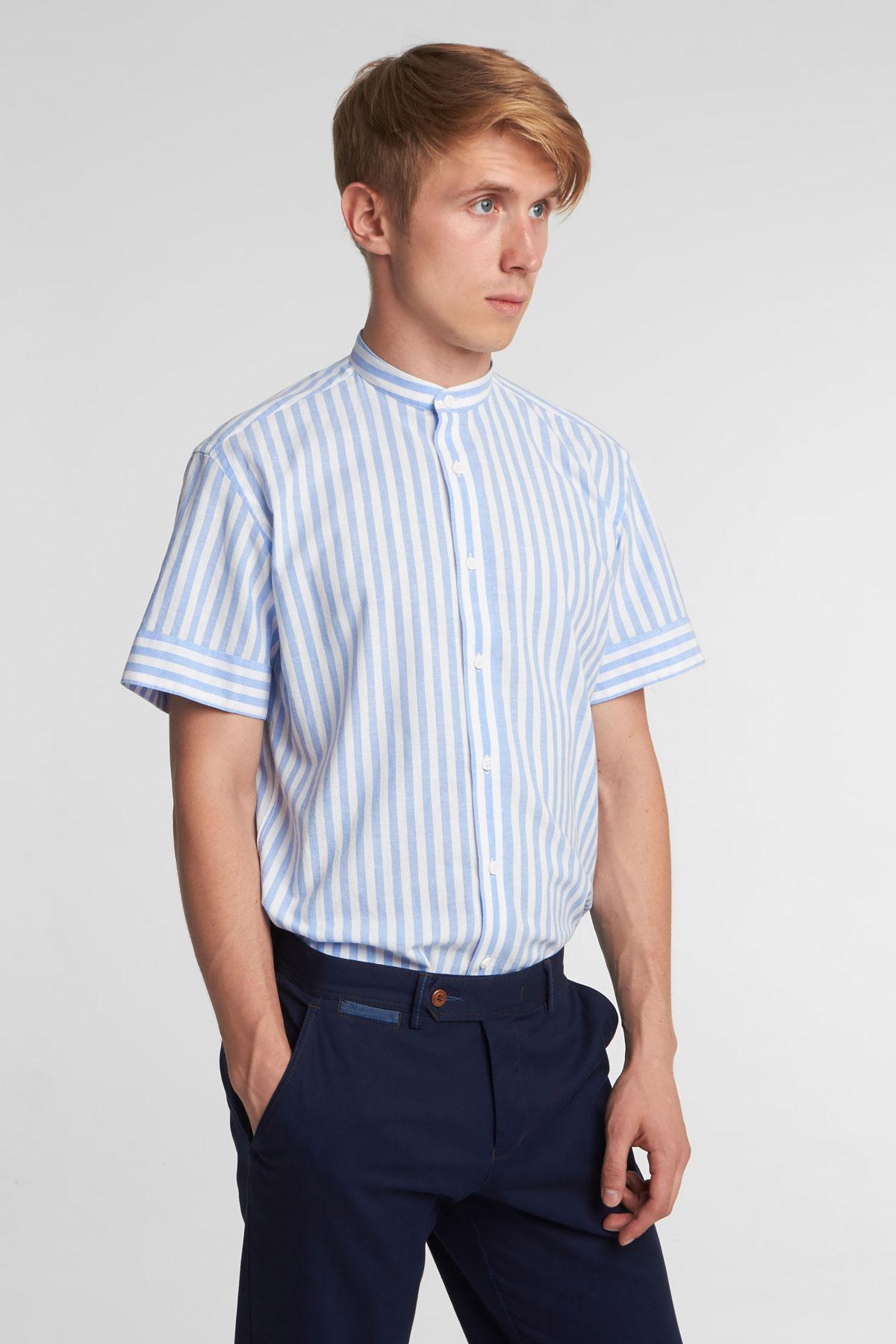 Рубашка с коротким рукавом голубого цвета в узор 18136